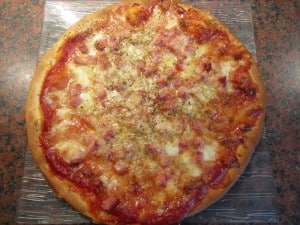 Pizza jambon-fromage