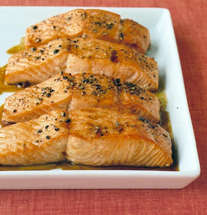 Pav de saumon sauce ail au thermomix - Cuisiner un pave de saumon ...