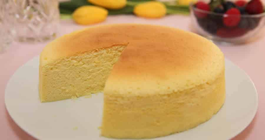 Best Pineapple Sponge Cake