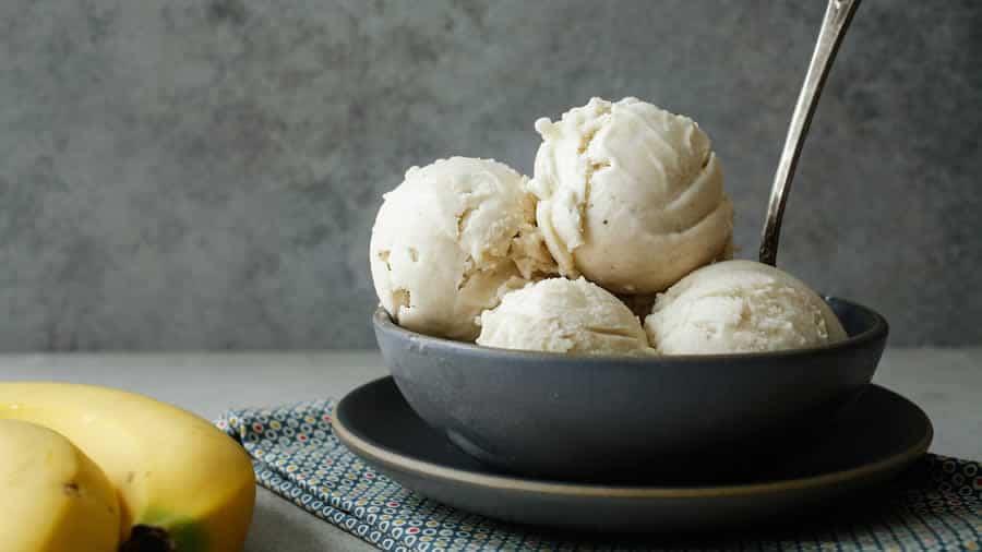 Glace à la banne et vanille sans sucre avec thermomix