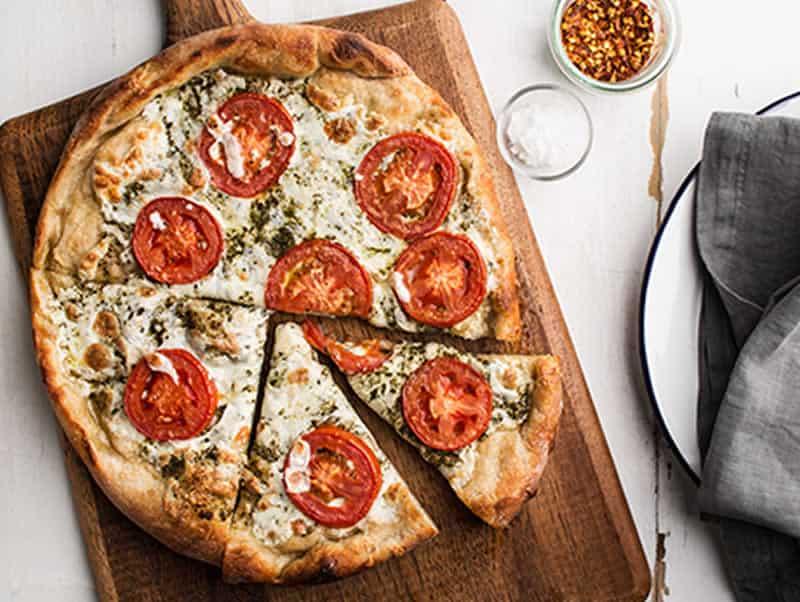 Pizza au pesto et mozzarella avec thermomix