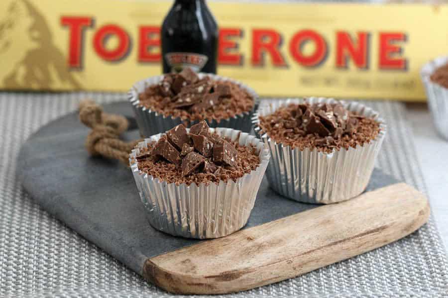 Mini cheesecakes au toblerone et baileys avec thermomix