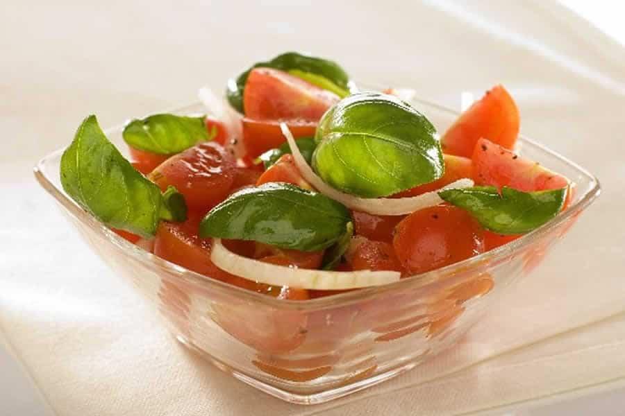 Salade tomate et oignon recette weight watchers recette ww - Salade de tomates simple ...