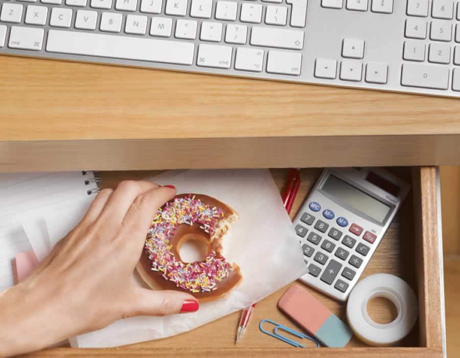 Manger équilibré au bureau