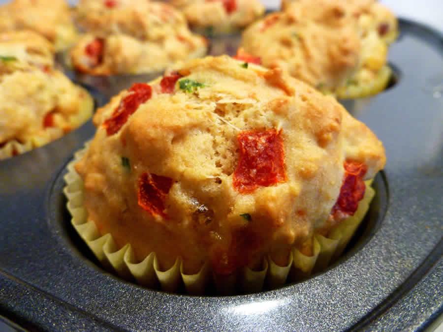 Muffins au mozzarella et Poivrons au thermomix