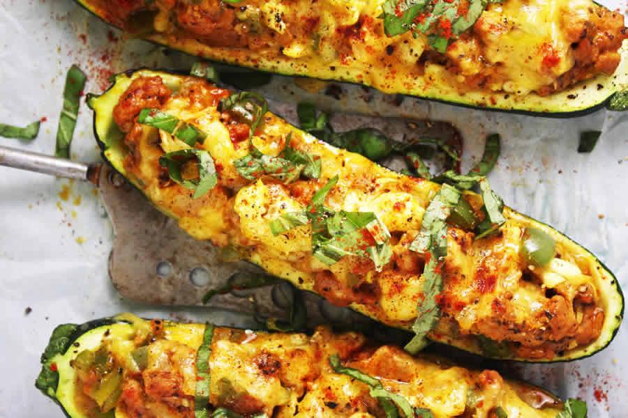 Courgette farcie aux tomates et curry au thermomix
