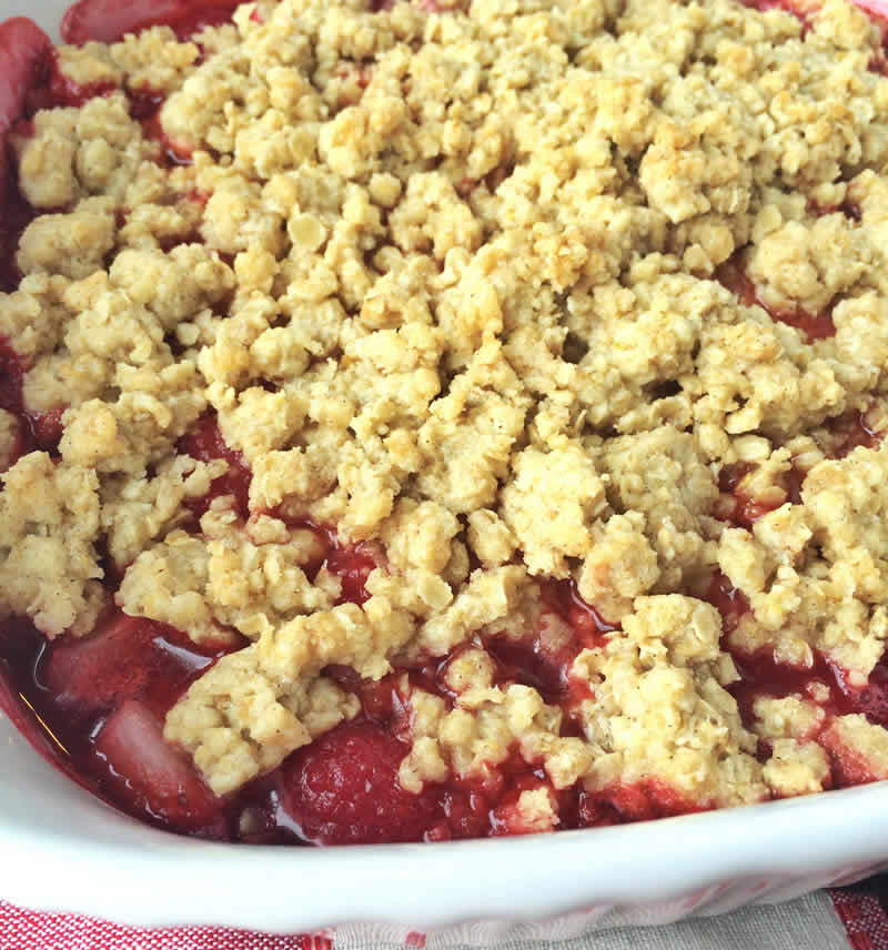 crumble aux fraises et framboises au thermomix recette thermomix. Black Bedroom Furniture Sets. Home Design Ideas