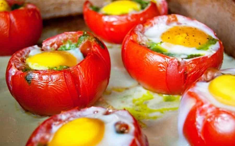Oeufs en nid de tomates thermomix