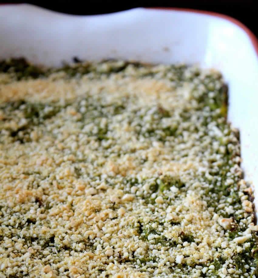 Crumble de courgettes au pesto et parmesan au thermomix