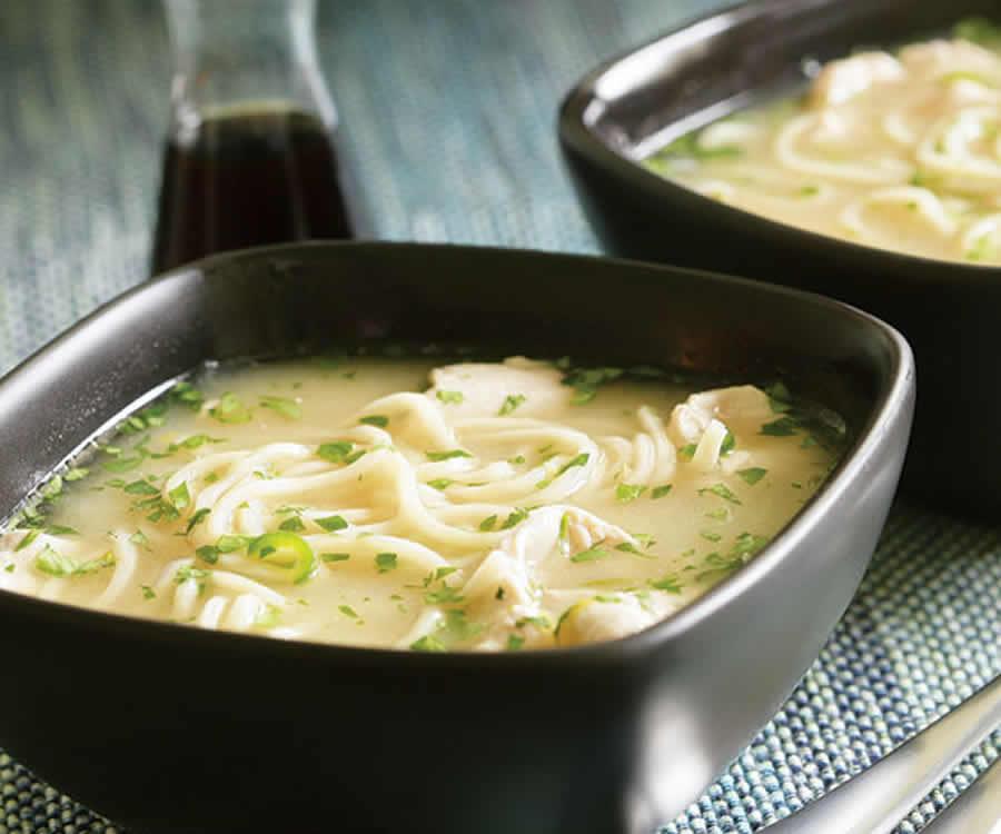 Soupe aux nouilles et à la coriandre Recette WW