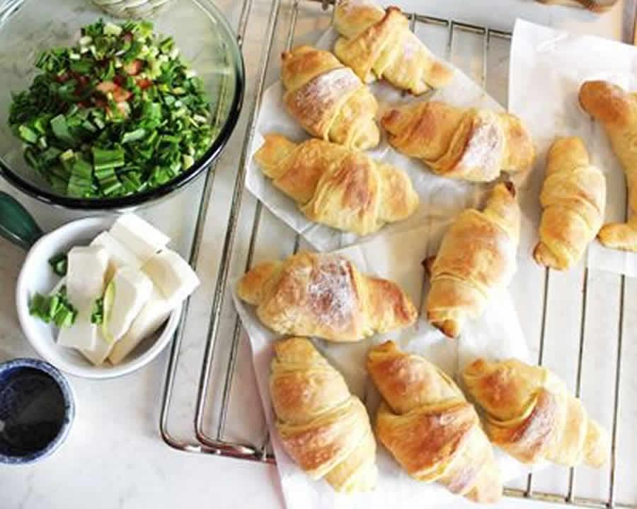 mini croissants ap ritif au saumon au thermomix recette thermomix. Black Bedroom Furniture Sets. Home Design Ideas