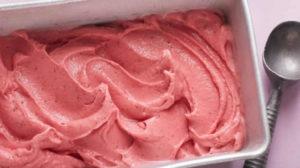 Glace au yaourt et aux fraises au Thermomix