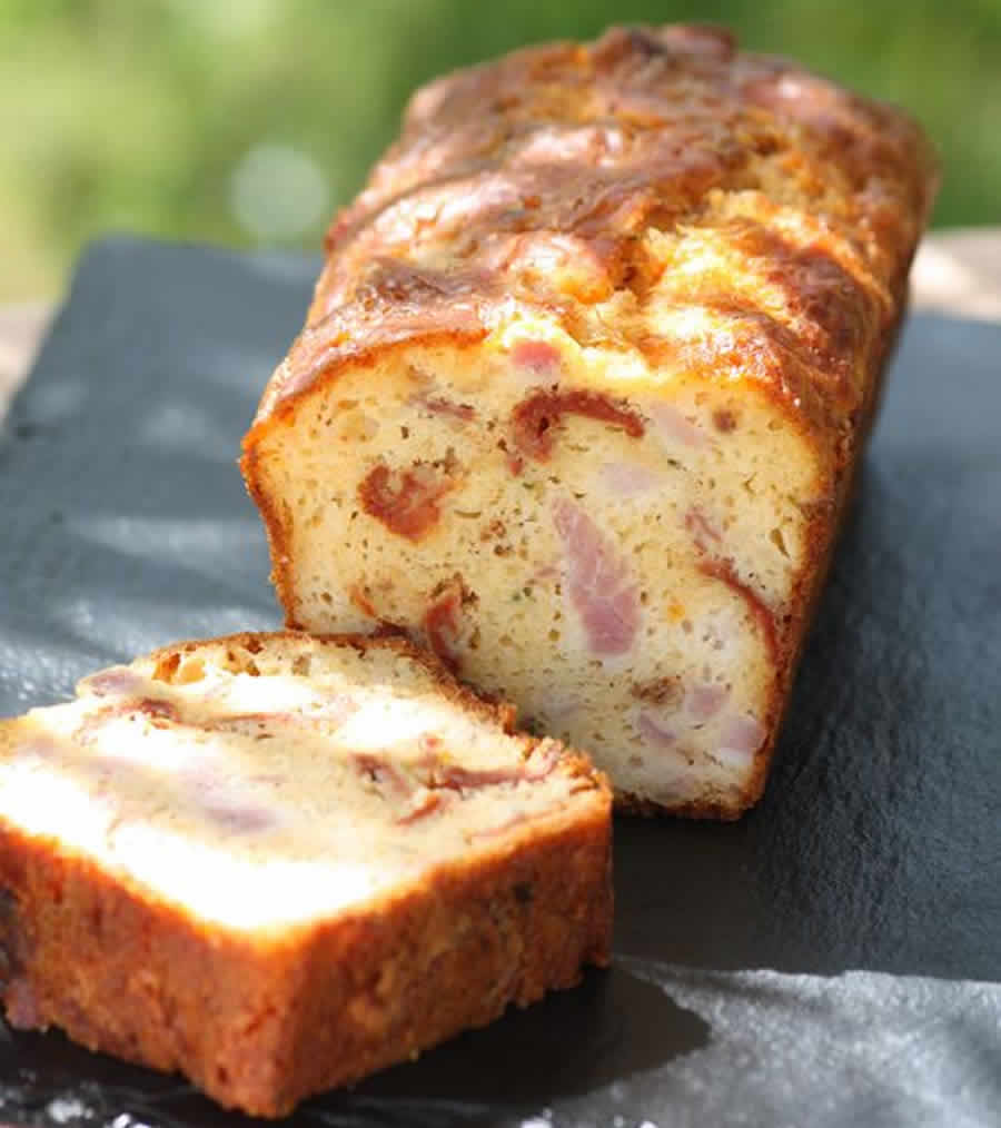 Cake salé aux lardons au Thermomix