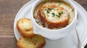 Soupe à l'oignon gratinée au Thermomix