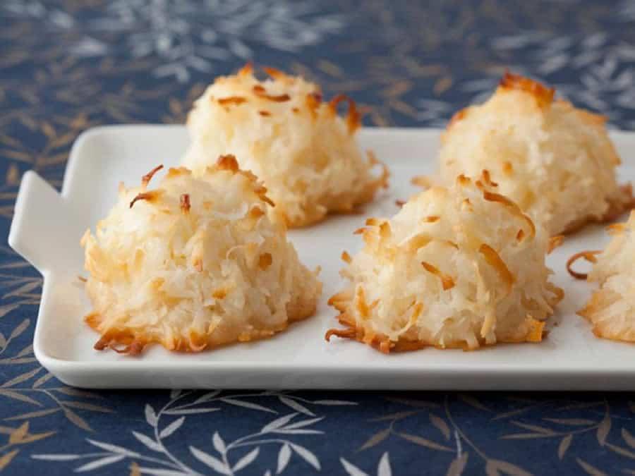 Macarons de Noël à la noix de coco