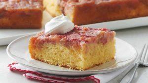 Gâteau renversé à la rhubarbe au Thermomix